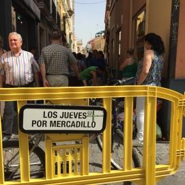 """Mercado """"El Jueves"""""""